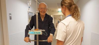Rode Kruis Ziekenhuis zet met Rollamate Infuuspaal goede stap